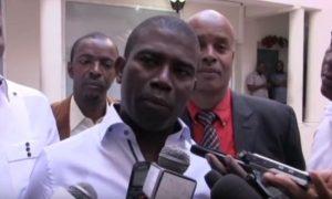 Guy Philippe le jeudi 5 janvier au cours d'une interview au local du CEP quelques minutes avant son arrestation