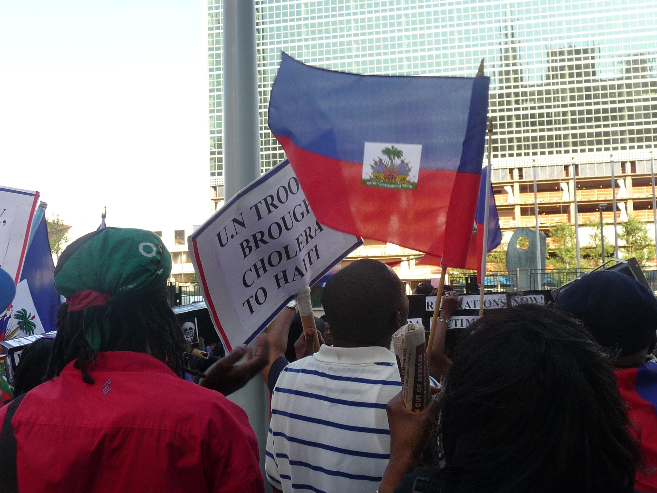 20110805_demo-against-un-occupation-cholera-in-haiti_36